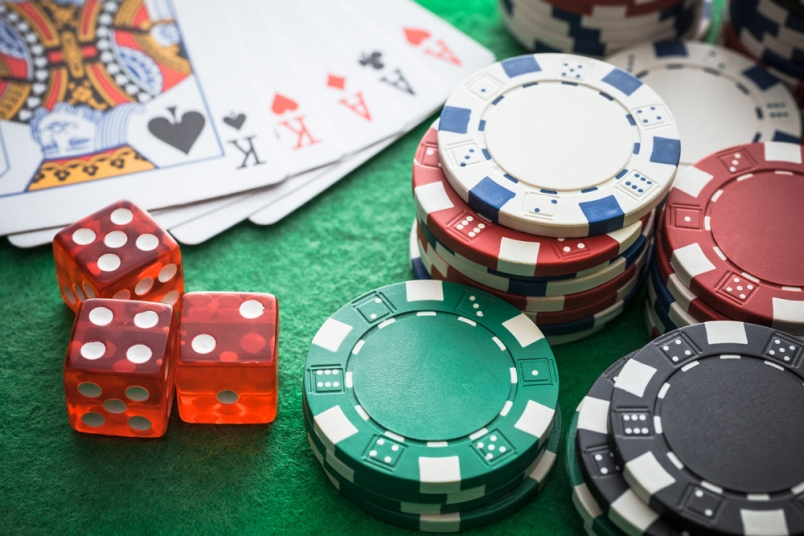 Why So Many People Are Catching Online Poker Fever